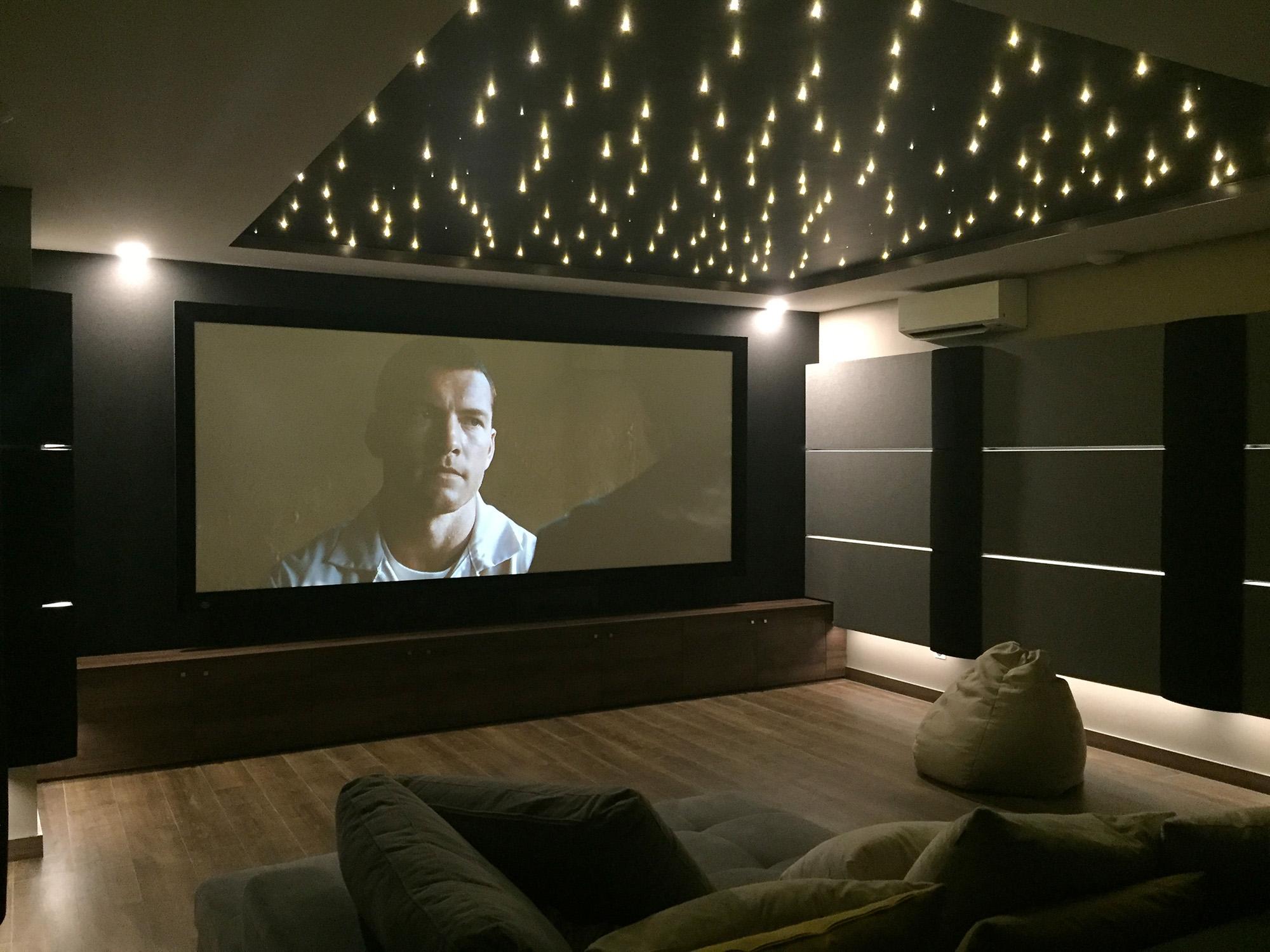 Screen Excellence Projekcijska Platna